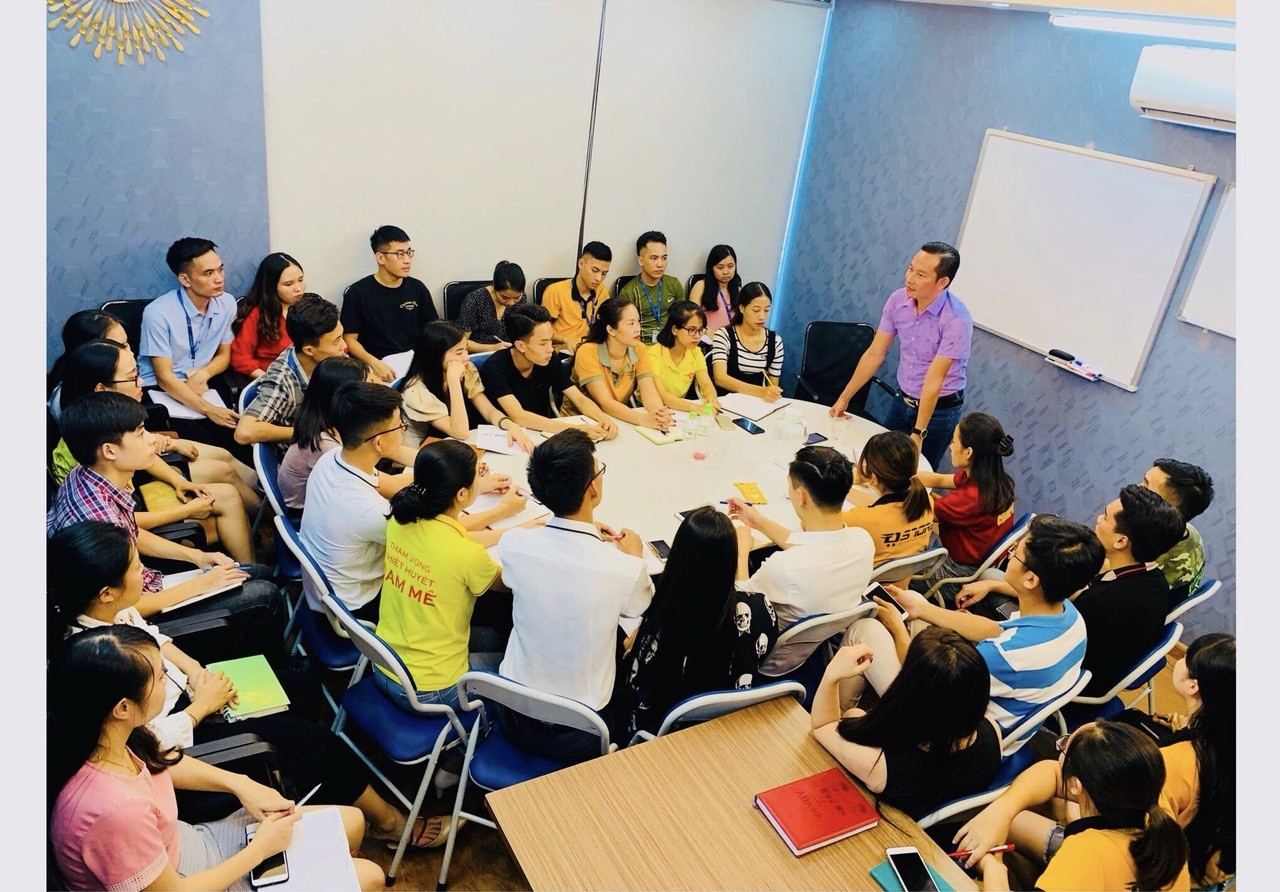 Chuyến công tác của lãnh đạo Dgroup Holdings tại Hà Nội