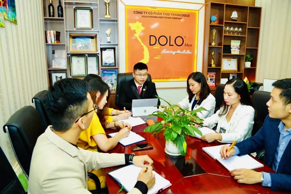 DOLOMEN khai trương Showroom thứ 3 tại Cầu Giấy - Hà Nội